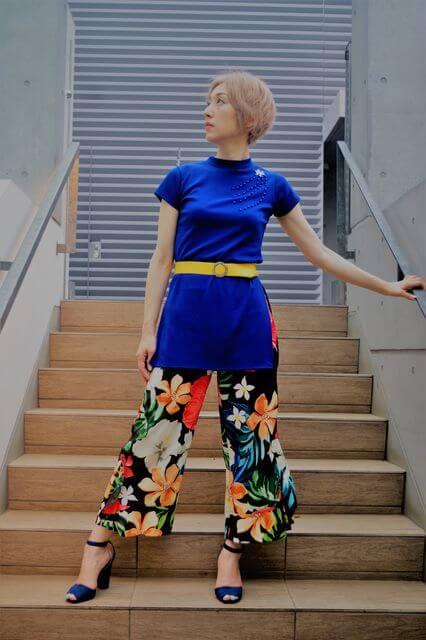 スプリングさんのファッションには「軽快な若々しさ」が重要