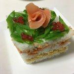 牛乳パックを使った簡単「寿司ケーキ」のレシピ!ひな祭りや誕生日に♪